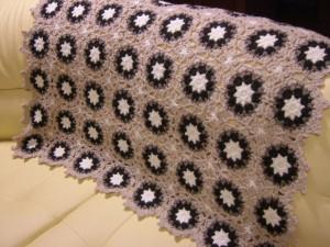 かぎ針編みのひざ掛け