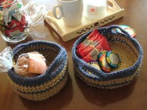 麻ひもで手編みのカゴ、完成品