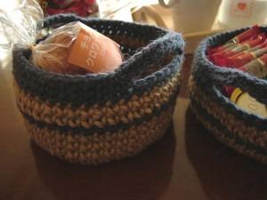 手編みの麻ひもかご、アップ