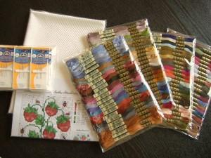 90色の刺しゅう糸
