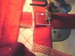 ひもの縫い付け